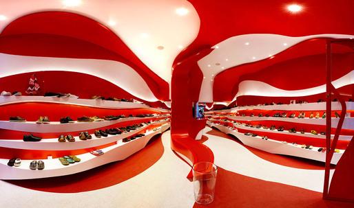 Granada Store Reform by A-cero