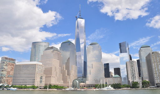One World Trade Center needs a bath—but its washing system is broken