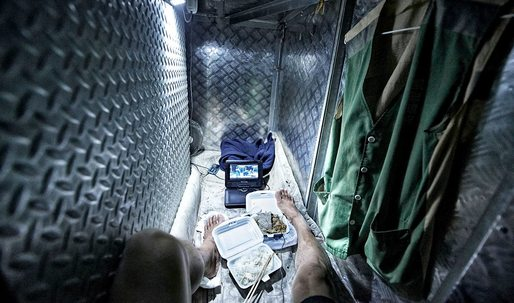 Hong Kong death-trap apartments photographed by Benny Lam