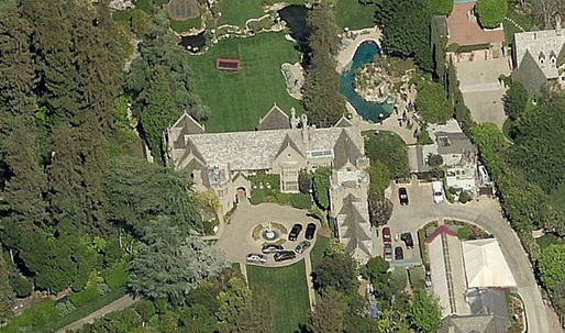 Playboy Mansion to hit the market soon (yes, it comes with Hugh Hefner)