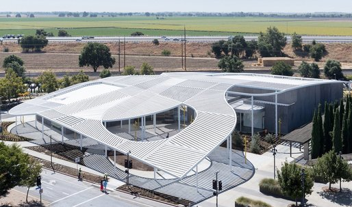 "SO-IL's new museum for UC Davis: ""a building to boost your faith in the future of American architecture"""