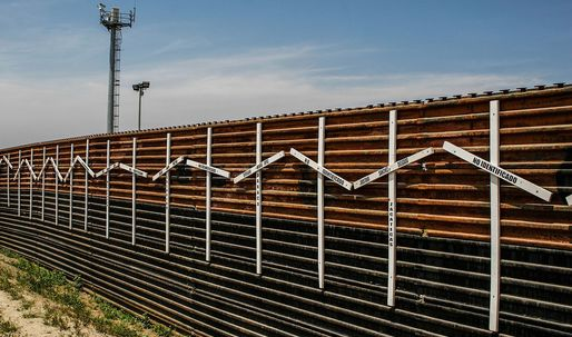 TheDepartment of Homeland Security plans to start building prototypes for Mexico border wallthis summer